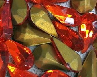 Vintage Rhinestones Hyacinth Pear Glass Teardrop Jewel 13x8mm (8)