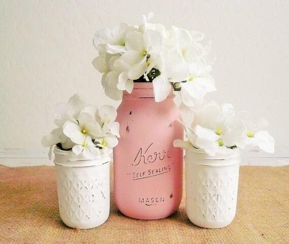 Country Wedding Centerpieces Mason Jars: Country Chic Decor / Painted Mason Jars / Home Decor / Wedding