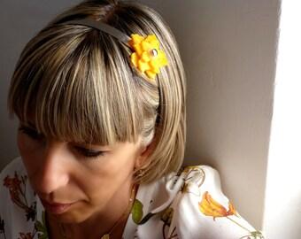 Flower hairband || hair band || bijoux de tete || yellow flower || head band || headband || changeble || interchangeable flower