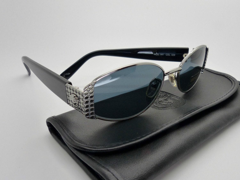 accce2afe25 Vintage Versace Wayfarer Sunglasses. Vintage Versace Sunglasses Wayfarer