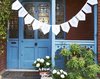 Just Married White Card Bunting