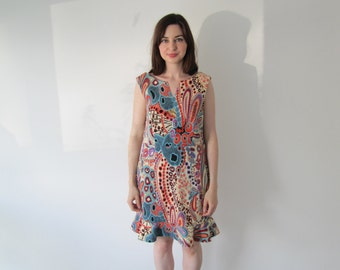 Vintage 1960s Ladies Flippy Backless Psychedelic Print Dress