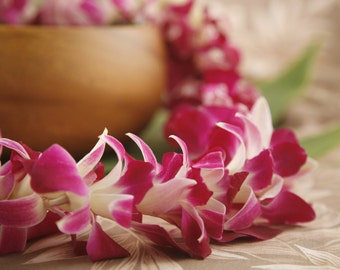 Fresh Orchid Lei from Hawaii! - Choose Your Receive Date! - Fresh Flower Lei Hawaiian Weddings Graduation Luau Tiki Party
