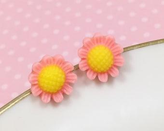 Pink Daisy Studs, Pink Flower Earrings, Flower Girl Earring, Sensitive Ear Stud, Pink Sunflower Stud, Bridesmaid Gift, KreatedByKelly (SE3)