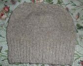 Hand knit knitted natural 100% wool watch cap hat beanie light gray Cestari farms men women teens one size