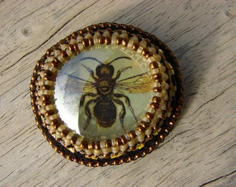 Black and Yellow Glass Bee Brooch 5 of 6