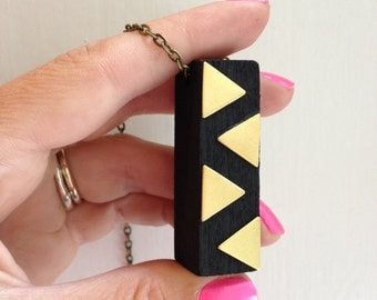 Black block necklace