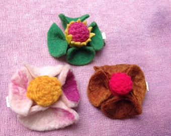 SALE: 3 Felted Flower Hairclips by PenFelt