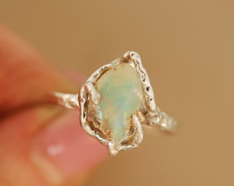 For mmw0031Free Form Opal Ring