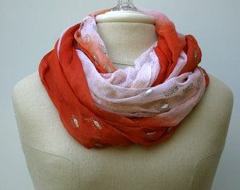 Infinity scarf, Loop scarf, Eternity scarf, circle scarf handmade upcycled Indian print Ethnic hippie Boho scarf, India scarf, vintage