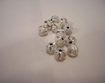 SILVER Plated STARDUST round beads w/diamond cuts (12) 6MM