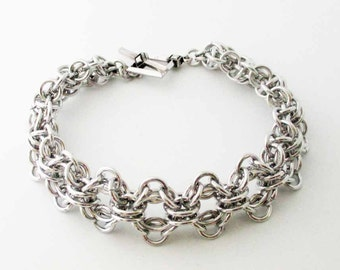 Captive Zen Chainmaille Bracelet Handmade