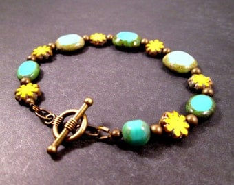 Picasso Beaded Bracelet, Daisy Chain, Yellow Blue and Brass Bracelet, FREE Shipping U.S.