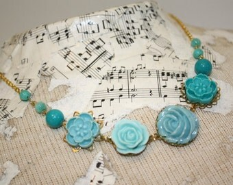 Aqua necklace, turquoise necklace, teal flower and bead necklace, resin flower and glass bead, teal wedding jewelry