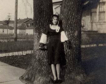 vintage photo 1929 flapper era Little WAnda Girl in Ruffle Dress Mini