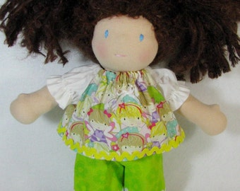 10 inch waldorf doll shorts outfit, fairy top and green shorts, handmade Waldorf doll clothes, toy clothing, LB size clothes