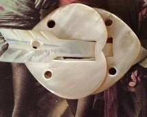 Carved Mother of Pearl *RARE* 3 Part Button or Toggle Hearts and Arrow Amazing MOP