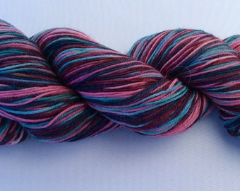 Quilt - hand dyed yarn 3.5 oz 437 yds