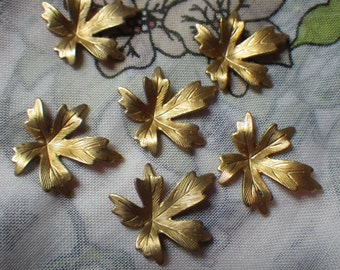 Baby Maple Leaf Vintage Small Brass Stampings 22x20mm 6 Pcs