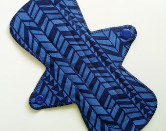 "8"" Flared Cotton Regular Cloth Pad Menstrual Pad, Chevron Zigzag Periwinkle Navy Blue, Cloth Menstrual Pad, Cloth Sanpro, Contoured Washable"