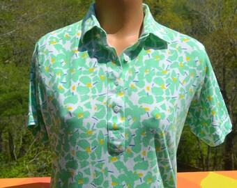 vintage 70's women's golf polo shirt GREEN print leon levin women preppy soft thin Medium 80s