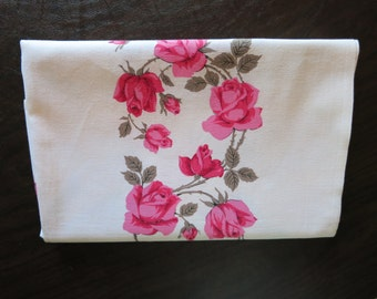 Vintage Tablecloth - Pink Roses - Cottage Chic Tablecloth
