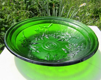 Oak Leaf Texture Moss Green Fused Glass Serving Bowl