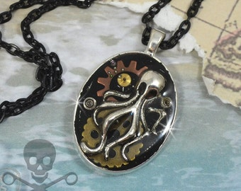 OCTOPUS ODDITY- RESIN Steampunk Decoden Pendant Necklace