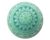 Vintage Acrylic Etched Mosaic Pastel Green Cabochons 10mm (6) cab712D