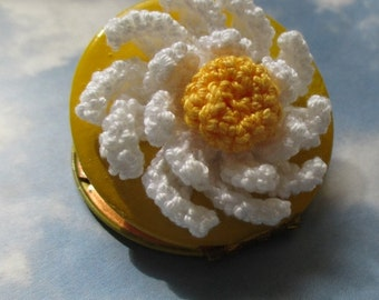 Spring Shasta Daisy on Vintage Brass Locket warm yellow daisy locket