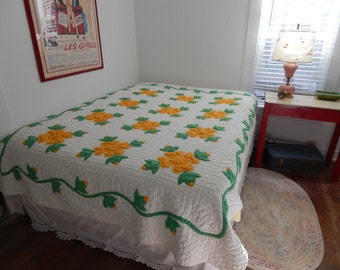 Vintage Floral Applique Quilt, Full Size, Yellow Flowers
