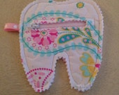 Quilted Tooth Fairy Zipper Pouch, coin purse, treats (White Paisley) Pink, , aqua, green
