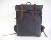 Waxed Canvas Backpack / Rucksack Zipper Closure Zipper Pocket Padded Straps Laptop Pouch Leather Charcoal Grey