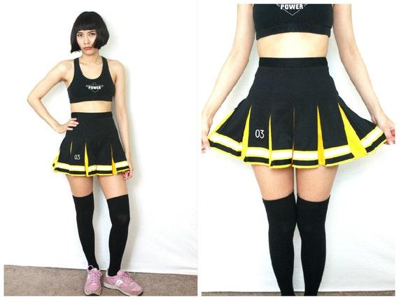 Vintage Cheerleader Skirt / Black and Yellow Pleated Soft