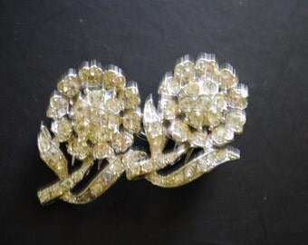 Art nouveau vintage 40s clear rhinestones flowers  duette brooch,  dress - shoes  clip. Made by Coro.