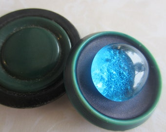 Vintage Buttons - 2 extra large novelty celluloid 1940's design, old and sweet, blue and green, 1 with glass center( apr 352)