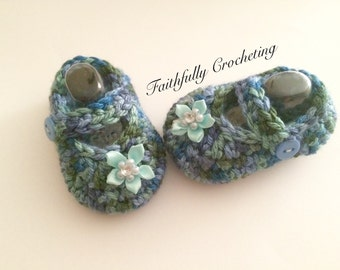 Newborn Mary Janes.... Ready to ship... Baby shoes.. Blue green shoes