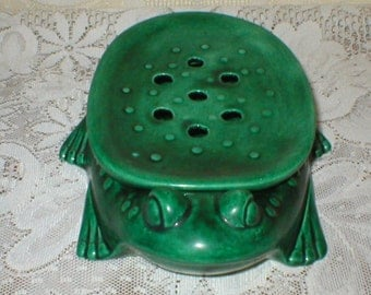 Vintage Flower Frog Green Ceramic Frog McNees