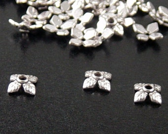 Silver Bead Cap 50 Antique Silver 4 Point Leaf 8mm x 2.5mm NF (1041cap08s1)
