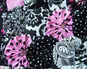 Fabric YOYO Applique 40 Black White 1 1/2 Inch  Barrette Embellishment Headband Trim