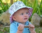 Bucket Sun Hat for Boys, Beach Wear, with Bicycles and Nautical Whale Theme, Reversible