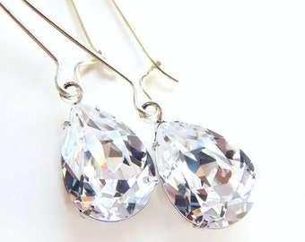 Pear clear crystal earrings - bridal jewelry - wedding earring - created with Swarovski® Crystals