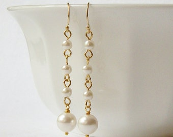 LAST ONE Pearl Dangle Earrings