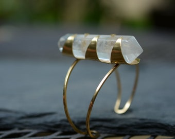 Clear Quartz Axis Cuff // crystal, spotted, stone, point, wand, wire cuff READY TO SHIP