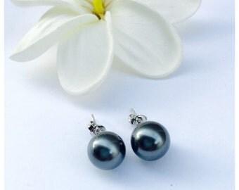Dark Green / Gray 8mm Shell Pearl Stud Earrings