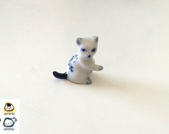 Miniature Ceramic Cat, miniature cat, cat figurine, white, blue, kitty, figurine, terrarium, clay, miniature kitten, tiny, small, cat