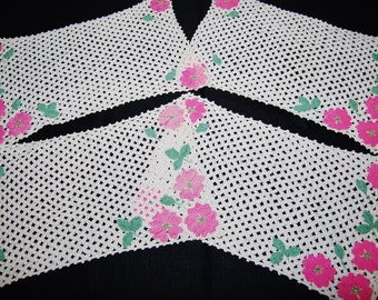 Vintage Crochet Placemats Petals of Pink on White.....Four