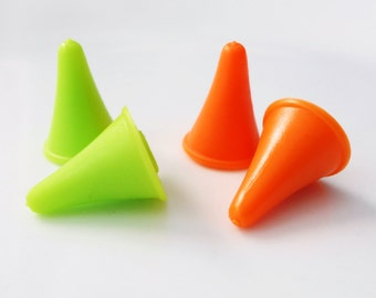 Bright Knitting Needle Huggers - Point Protectors in Citrus - Fits Most Sizes US 1 (2.5mm) Up To US 15 (10.0mm) - Two Sets!