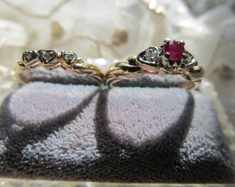 Danusharose Vintage Romantic Red Ruby Diamond within Hearts Set of 2 YellowGold Size 6 Wedding Ring Set 1940s Fine Jewelry Report