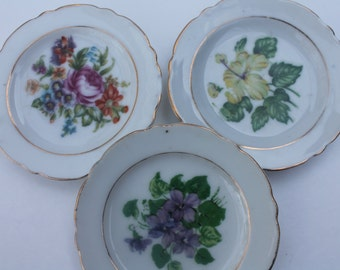 3 Vintage Miniature Plates Dishes with Colorful Flowers Japan